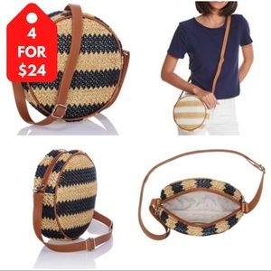 4/$24 31 Gifts Roundabout Crossbody Striped Straw